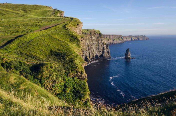 Cliffs of Moher v Irsku