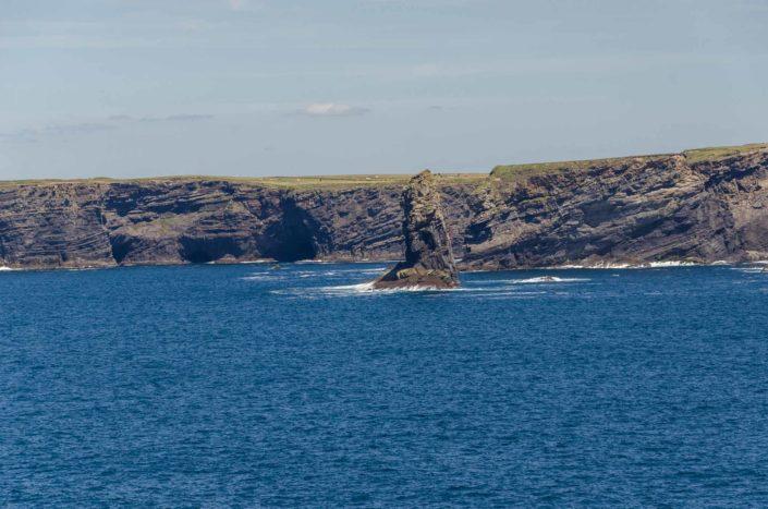 Krásné útesy Kilkee Cliffs
